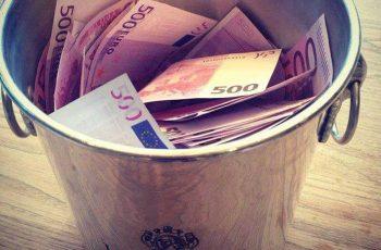 Peniaze, kopec peňazí