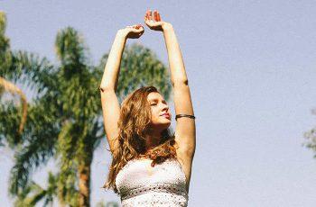 15 Spôsobov, Ktorými Od Seba Pozitívni Ľudia Separujú Všetku Tú Negativitu